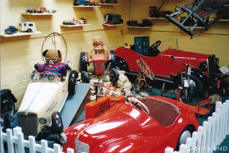 ボートン・オン・ザ・ウォーター(Bourbon-on-the-Water)、コッツウォルズ自動車博物館