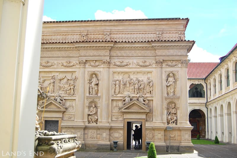 ロレッタ教会 サンタ・カーサ