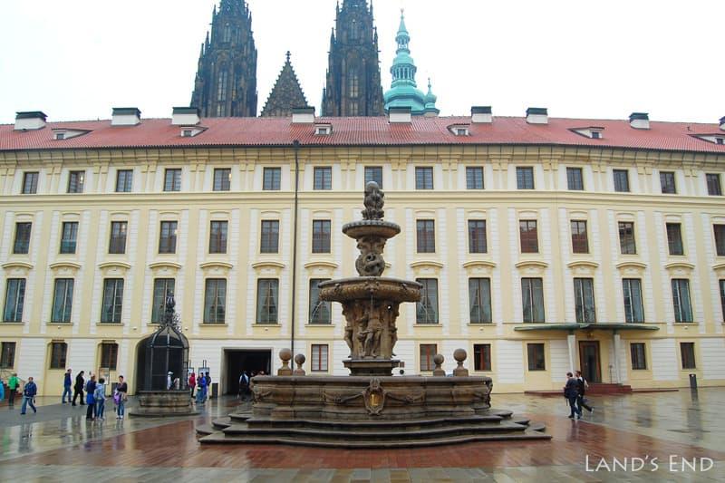 プラハ城、第2の中庭