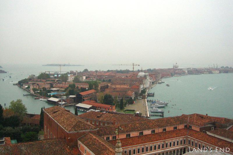サン・ジョルジョ・マッジョーレの鐘楼からの眺め
